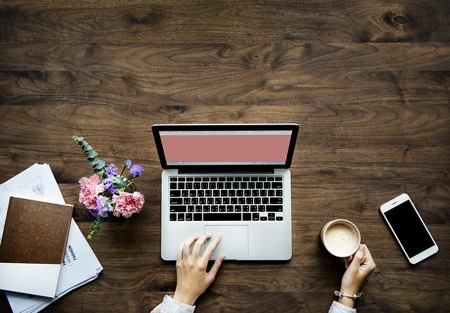 Jak wypozycjonować stronę internetową w internecie?